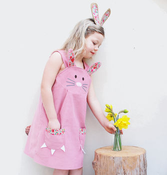normal_bunny-rabbit-pink-dress-in-liberty-print
